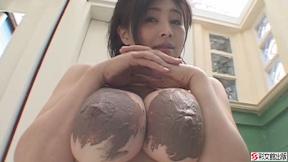 暴乳/松坂南